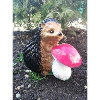 Ёжик с грибком
